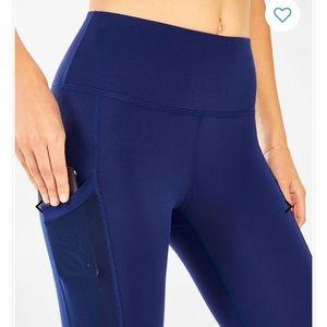 *NWT* Mila Pocket Legging